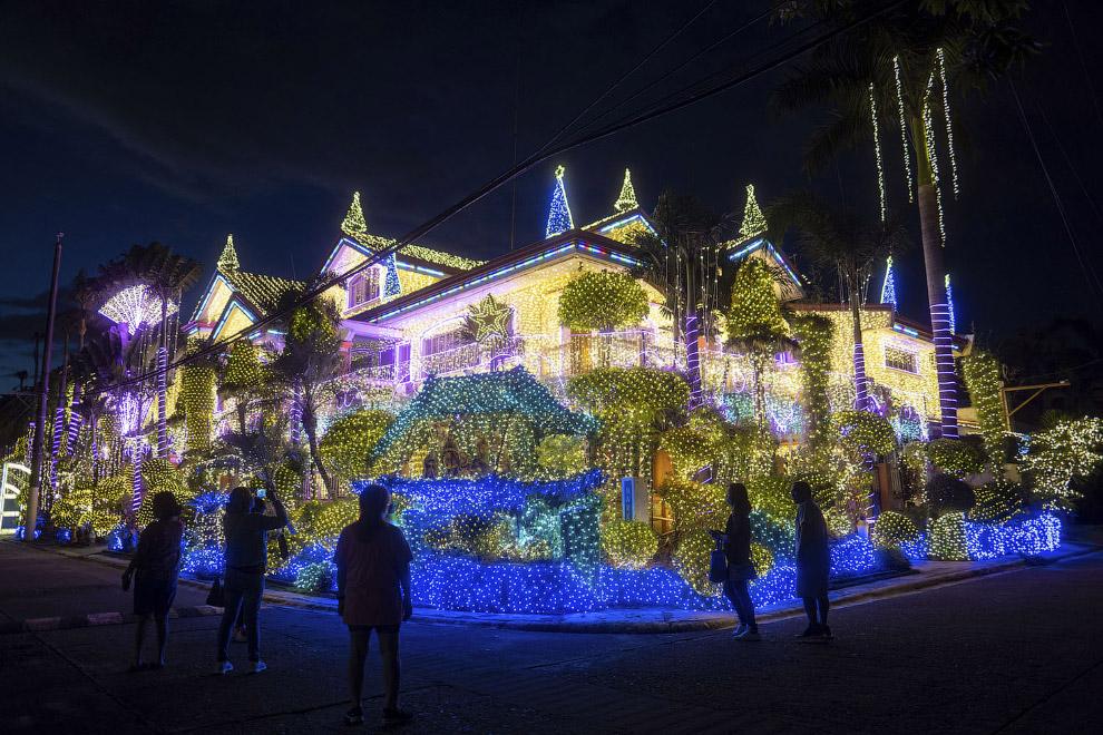 Местный бизнесмен украсил дом в Каинте, Филиппины