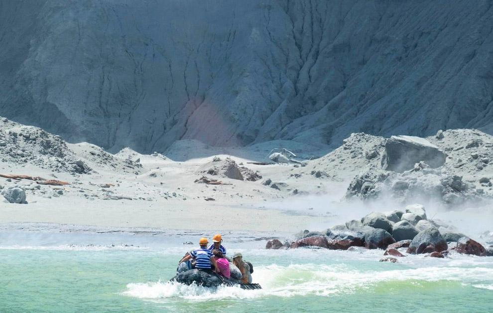 В Новой Зеландии взорвался вулкан