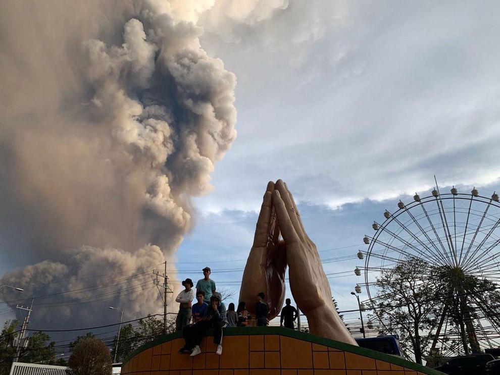 Извержения вулкана Тааль на Филиппинах