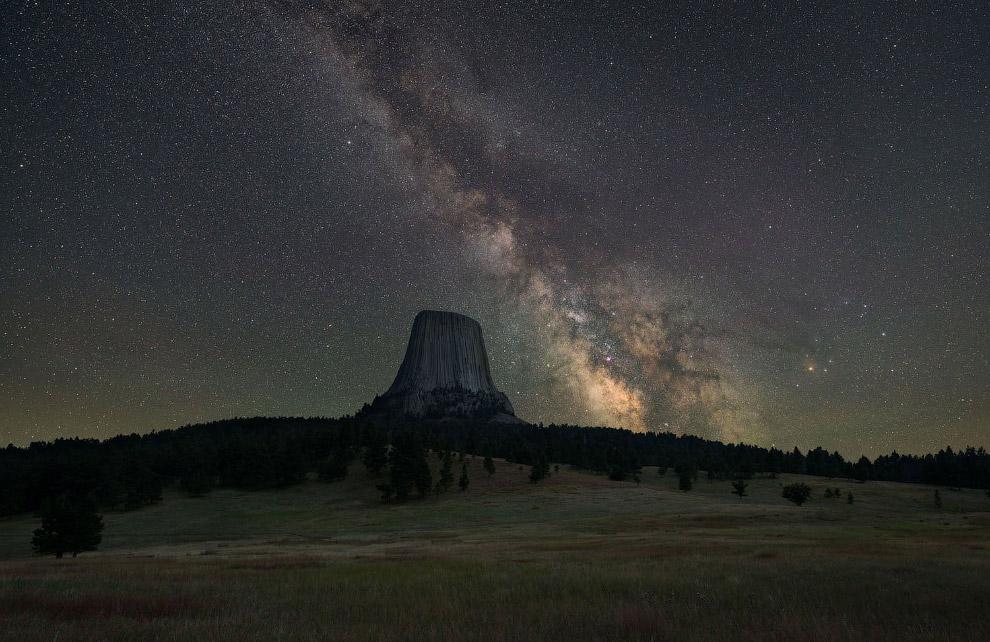 «Башня дьяволов» и Млечный путь