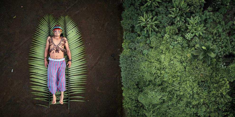 Деревня в эквадорской Амазонии
