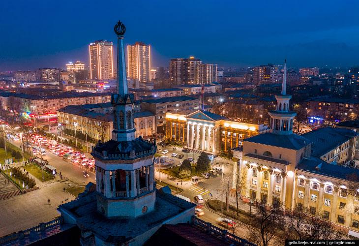 Бишкек с высоты — столица у подножья гор