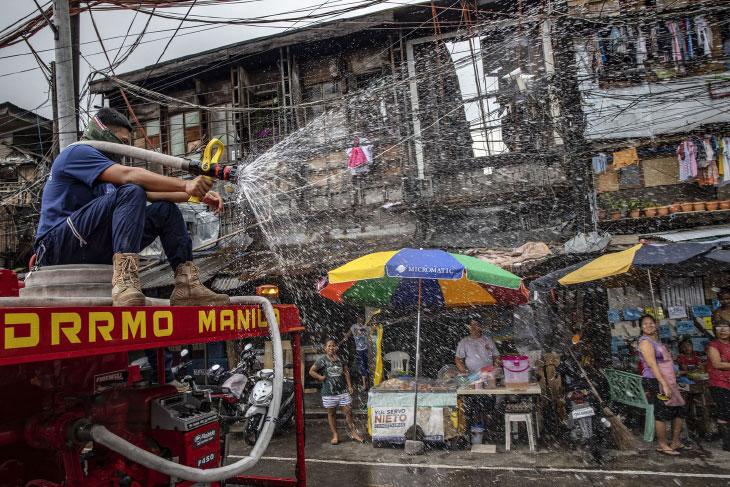 Распыление раствора в Маниле