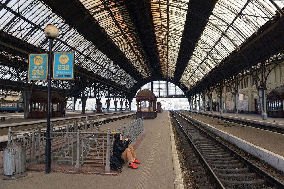 На станции пусто, Львове, Украина
