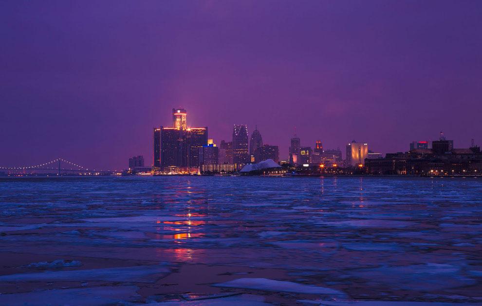 Рассветный вид на Детройт
