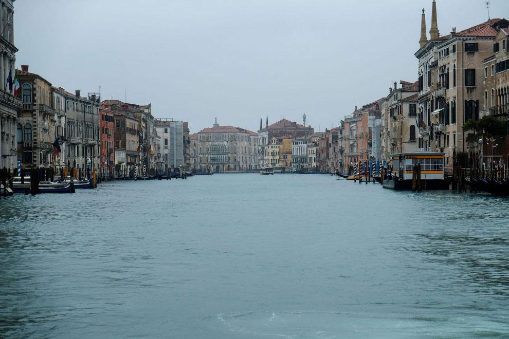 Каналы Венеции пусты, Италия