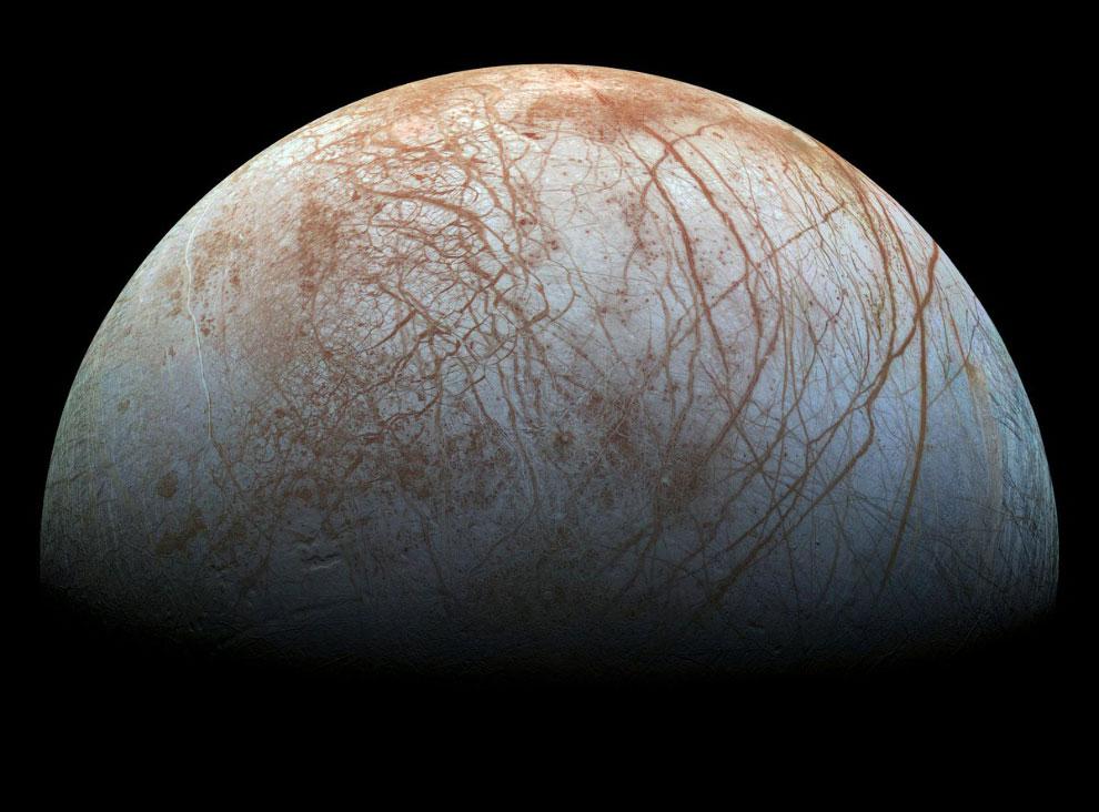 Европа — шестой спутник Юпитера