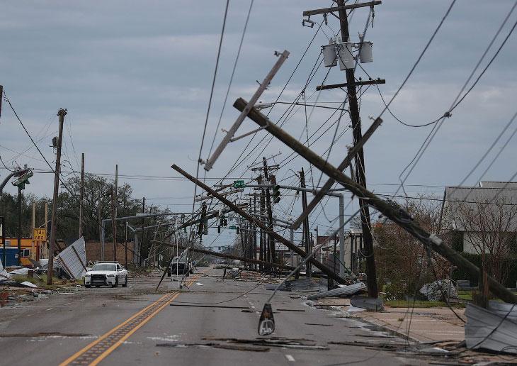 Ураган четвертой категории Лаура в США