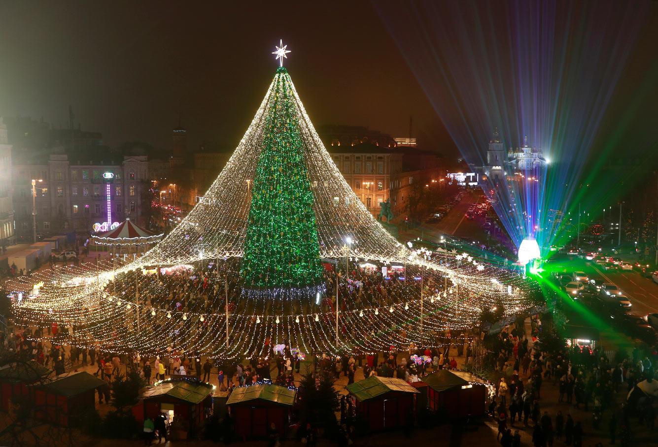 Новогодняя елка на Софийской площади