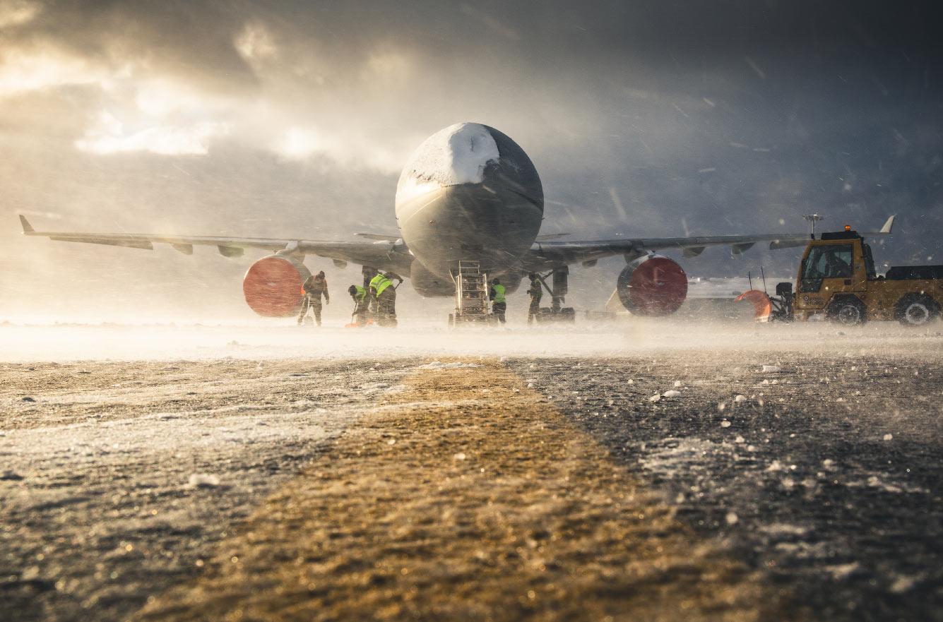Самолет RAF Voyager
