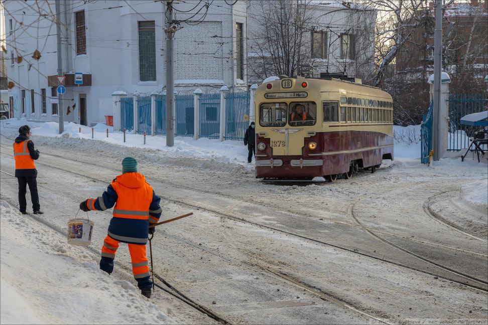 В Москве появился трамвай прошлого века — МТВ-82В Москве появился трамвай прошлого века — МТВ-82