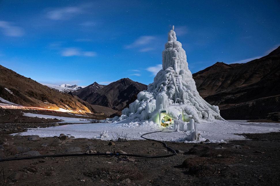 Удивительное кафе в Гималаях