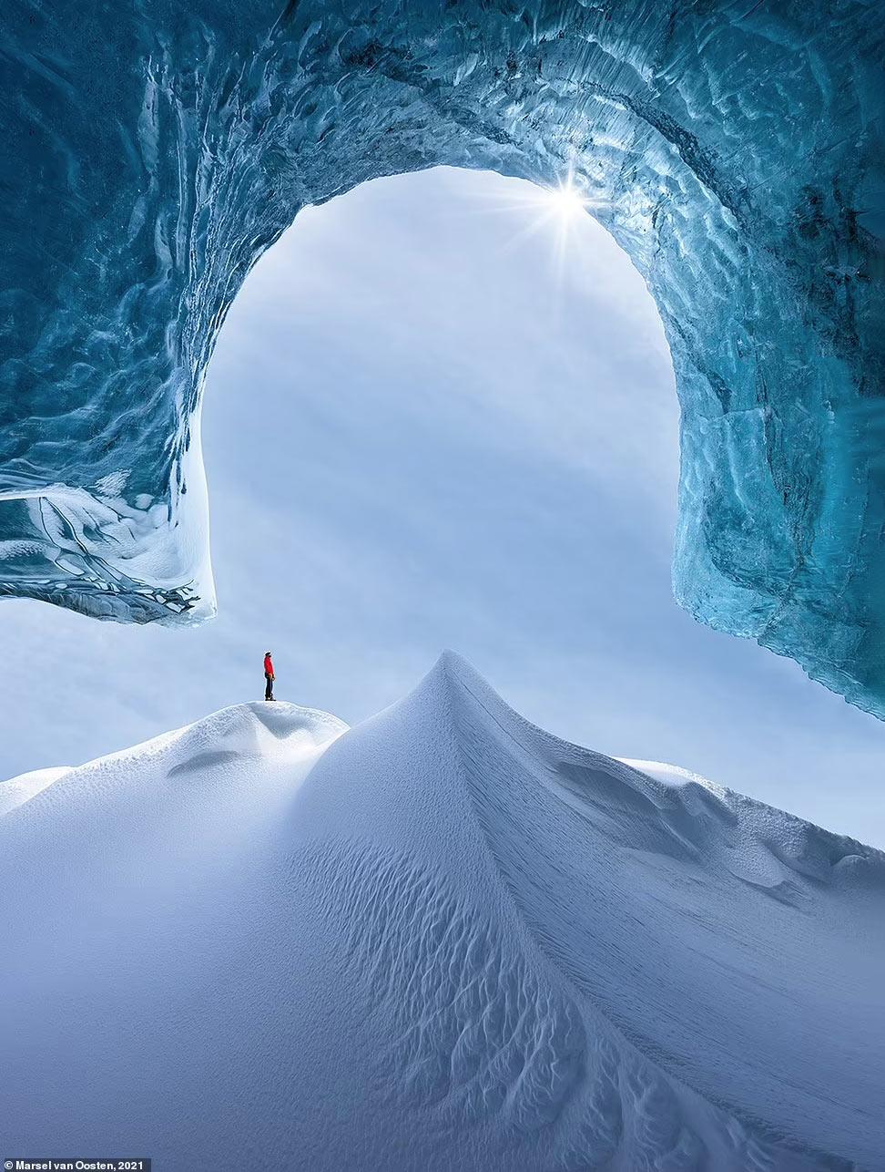 Пещера в Исландии