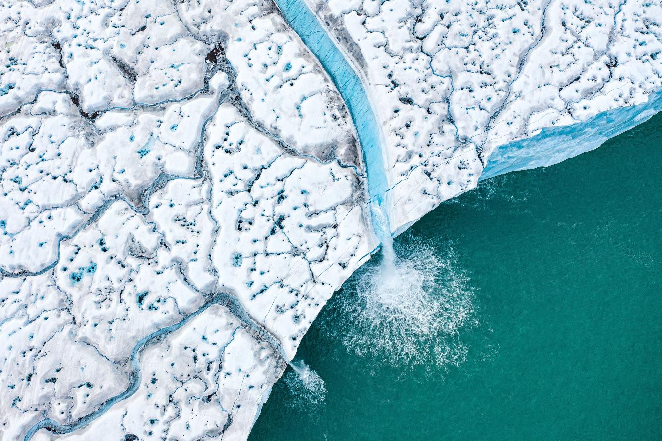 Таяние ледяных шапок на архипелаге Шпицберген