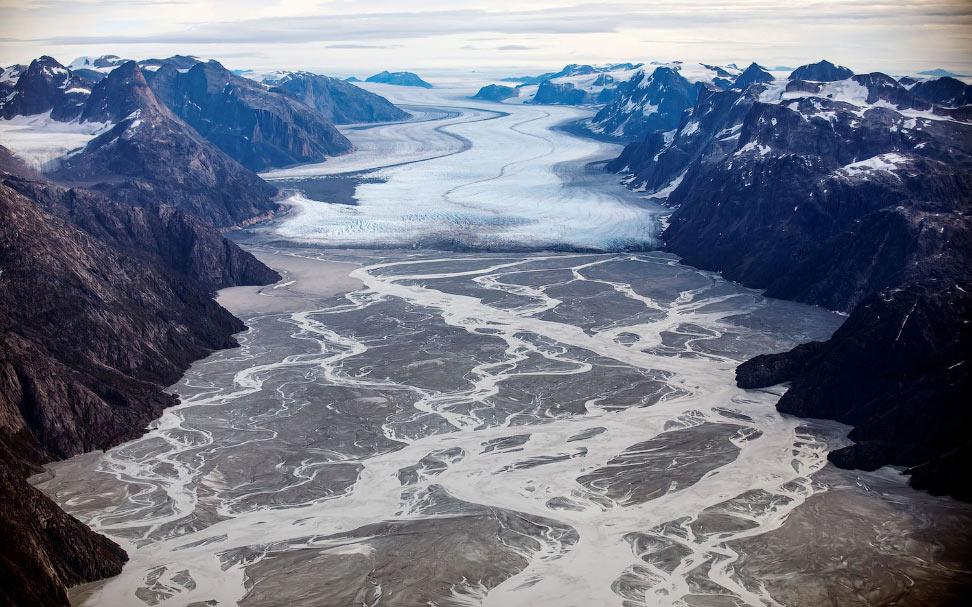 Тающий ледник Сермек
