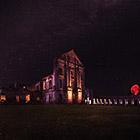 Ночной Дозор: атмосферные фотографии заброшенных зданий