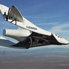 Частный космический корабль совершил первый пилотируемый полет