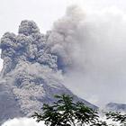 Новое извержение вулкана Мерапи в Индонезии