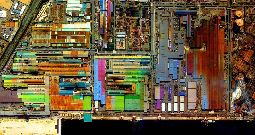 Разноцветный промышленный район, Токай, Япония