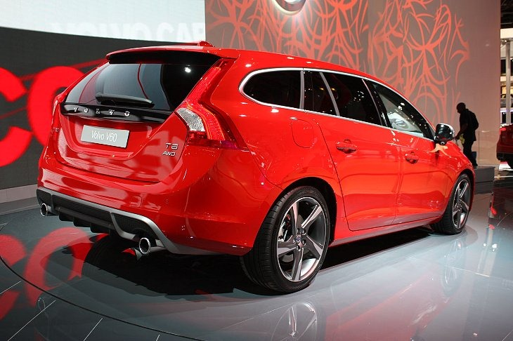 Volvo V60 and S60