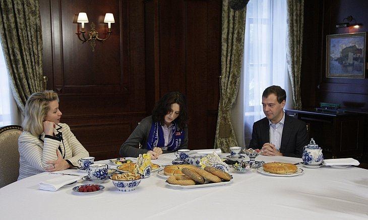 Переписчики у президента Дмитрия Медведева и его жены 16 октября 2010