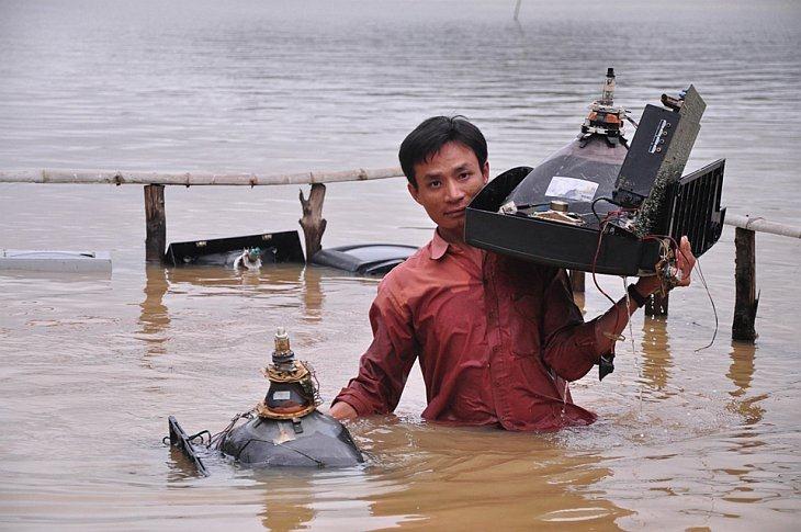 800 мм осадков в виде дождя обрушались на Вьетнам