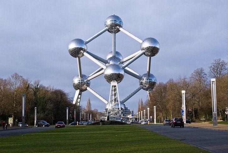 Атомиум (Брюссель, Бельгия)
