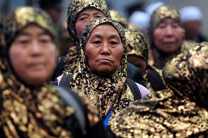 Сотни мусульман отправились на паломничество в Мекку