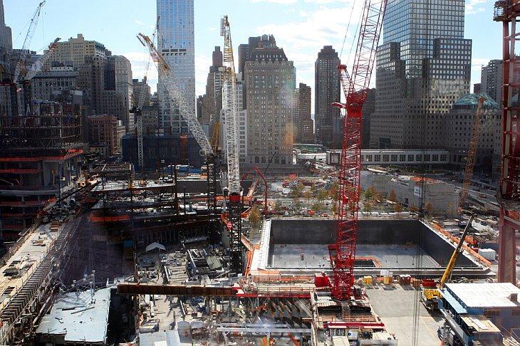 Вид на строительную площадку будущего Всемирного Торгового Центра