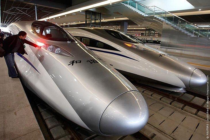26 октября 2010 скоростная железнодорожная линия между Шанхаем и Ханчжоу