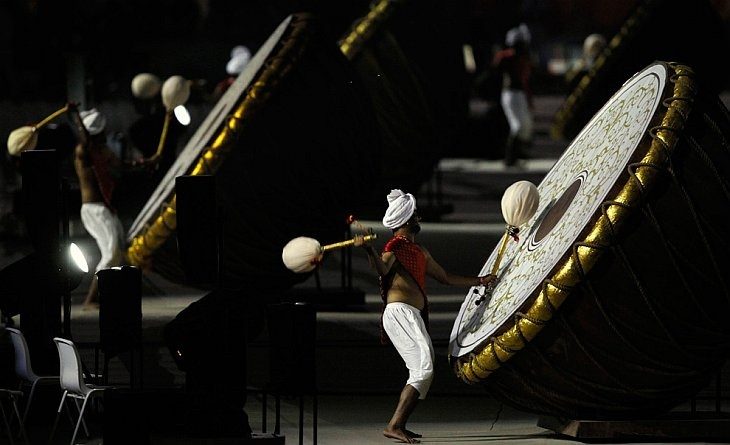 Барабанщики во время церемонии открытия 19-х Игр Содружества