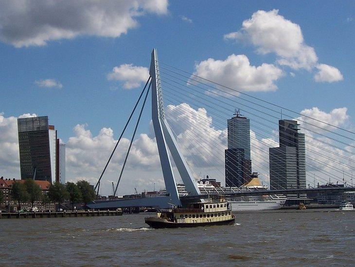 Мост Эразма, Роттердам, Нидерланды