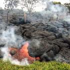Поток лавы на Гавайах